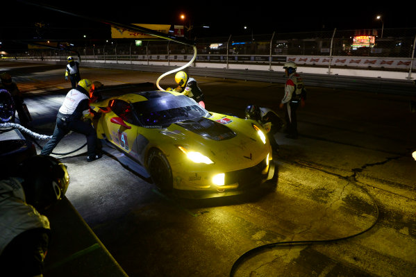 16-19 March, 2016, Sebring, Florida USA 4, Chevrolet, Corvette C7, GTLM, Oliver Gavin, Tommy Milner, Marcel Fassler last pit stop of their race. ?2016, Richard Dole LAT Photo USA