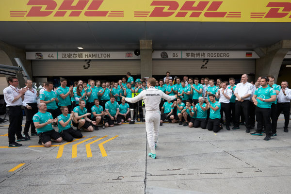 Shanghai International Circuit, Shanghai, China. Sunday 17 April 2016. Nico Rosberg, Mercedes AMG, 1st Position, and the Mercedes team celebrate victory after the race. World Copyright: Steve Etherington/LAT Photographic ref: Digital Image SNE22002