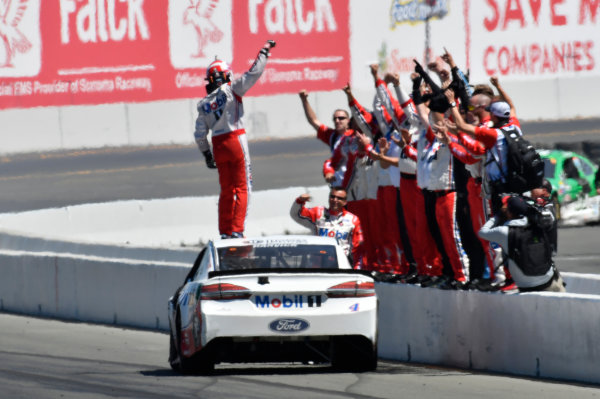 Monster Energy NASCAR Cup Series Toyota/Save Mart 350 Sonoma Raceway, Sonoma, CA USA Sunday 25 June 2017 Kevin Harvick, Stewart-Haas Racing, Mobil 1 Ford Fusion World Copyright: John K Harrelson LAT Images