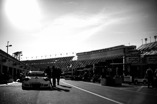 5-8 January, 2017, Daytona Beach, Florida USA 54, Porsche, Porsche 911 GT3 R, GTD, Jonathan Bennett, Colin Braun, Nic Jonsson, Patrick Long ?2017, Barry Cantrell LAT Photo USA