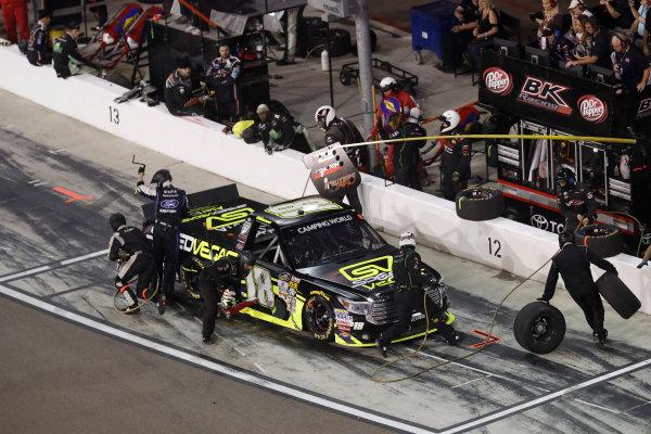 12 November, 2016, Avondale, Arizona,  USA Noah Gragson, pit stop ?2016, Michael L. Levitt LAT Photo USA