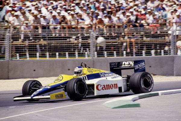 1985 Australian Grand Prix.Adelaide, Australia.1-3 November 1985.Keke Rosberg (Williams FW10 Honda) 1st position.Ref-85 AUS 70.World Copyright - LAT Photographic