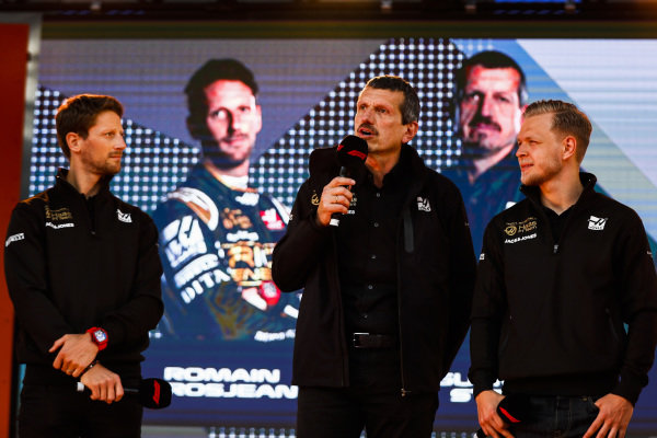 Romain Grosjean, Haas F1 Team, Guenther Steiner, Team Principal, Haas F1 and Kevin Magnussen, Haas F1 Team on stage at the Federation Square event.