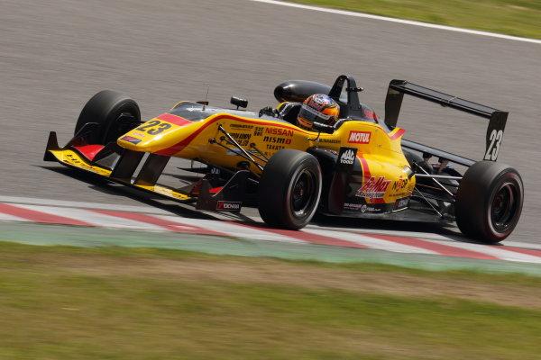 2015 Japanese Formula 3 Championship. Suzuka, Japan. 18th - 19th April 2015. Rd 1 & 2. Rd.1 Winner Mitsunori Takaboshi ( #23 B-MAX NDDP F3 ) action World Copyright: Yasushi Ishihara/LAT Photographic. Ref: 2015JF3_Rd1&2_005