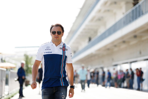 Circuit of the Americas, Austin, Texas, United States of America. Thursday 19 October 2017. Felipe Massa, Williams Martini Racing, in the paddock. World Copyright: Glenn Dunbar/LAT Images  ref: Digital Image _31I9617