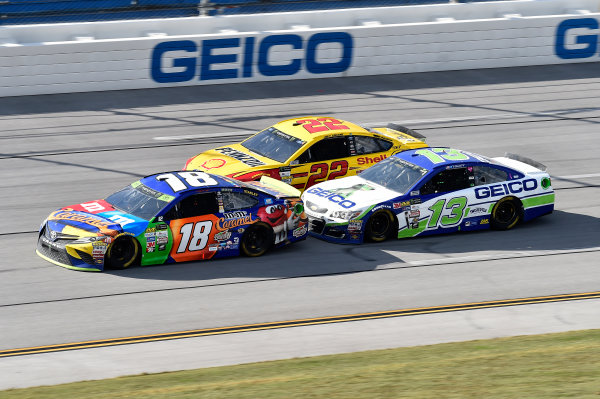 Monster Energy NASCAR Cup Series Alabama 500 Talladega Superspeedway Talladega, AL USA Sunday 15 October 2017 Kyle Busch, Joe Gibbs Racing, M&M's Toyota Camry, Joey Logano, Team Penske, Shell Pennzoil Ford Fusion, Ty Dillon, Germain Racing, GEICO Chevrolet SS World Copyright: John K Harrelson LAT Images