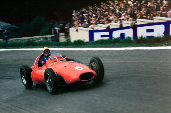 Spa-Francorchamps, Belgium. 3-5 June 1955. Paul Frere (Ferrari 555 Supersqualo) 4th position. Ref-55 BEL 03.World copyright - LAT Photographic
