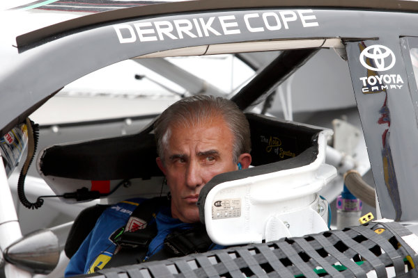 Monster Energy NASCAR Cup Series Food City 500 Bristol Motor Speedway, Bristol, TN USA Friday 21 April 2017 Derrike Cope World Copyright: Lesley Ann Miller LAT Images