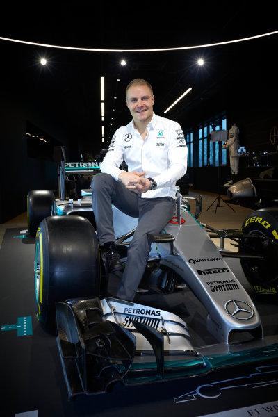 Mercedes F1 Driver Announcement Mercedes AMG Factory, Brackley, UK Monday 16 January 2017 Valtteri Bottas is announced as the new Mercedes AMG F1 driver for 2017. World Copyright: Steve Etherington/LAT Photographic ref: Digital Image SNE11776
