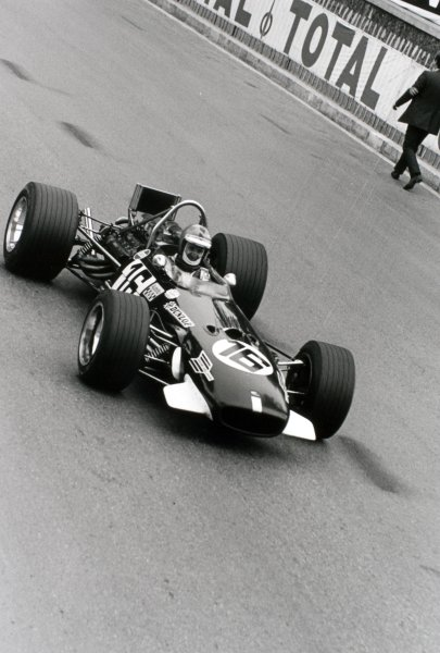1969 Monaco Grand Prix Monte Carlo, Monaco. 18 May 1969 Piers Courage, Brabham BT26-Ford, 2nd position, action World Copyright: LAT PhotographicRef: 2480 #25