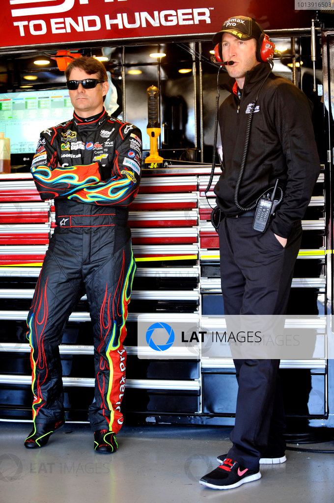 11-13 April, 2013, Fort Worth, Texas USA Jeff Gordon and Alan Gustafson ©2013, Nigel Kinrade LAT Photo USA