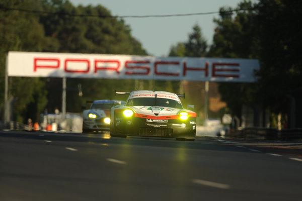 2017 Le Mans 24 Hours Circuit de la Sarthe, Le Mans, France. Sunday 18th  June 2017 #92 Porsche GT Team Porsche 911 RSR: Michael Christensen, Kevin Estre, Dirk Werner  World Copyright: JEP/LAT Images