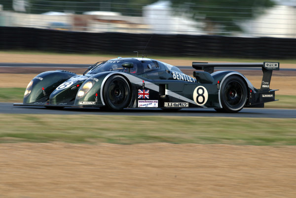 2003 Le mans 24 HoursLe Mans, France. 11th June 2003The Bentley GTP of Brabham/Herbert/Blundell, action.World Copyright: Mike Weston/LAT Photographicref: Digital Image Only