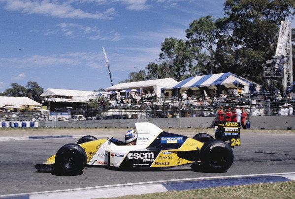 1990 Australian Grand Prix.Adelaide, Australia.2-4 November 1990.Gianni Morbidelli (Minardi M190 Ford).Ref-90 AUS 41.World Copyright - LAT Photographic