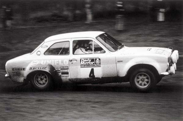 1972 RAC Rally.York, England. 2nd - 3rd December 1972.Roger Clark/Tony Mason (Ford Escort RS1600) 1st position, action.World Copyright: LAT Photographic.ref: 4946/31a-32