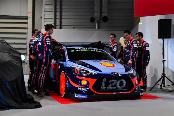 Autosport International Exhibition. National Exhibition Centre, Birmingham, UK. Thursday 11th January 2017. The Hyundai team, including Thierry Neuville, Andreas Mikkelsen, Dani Sordo, Hayden Paddon and team manager Michel Nandan, unveil their 2018 WRC challenger.World Copyright: Mark Sutton/Sutton Images/LAT Images Ref: DSC_7299