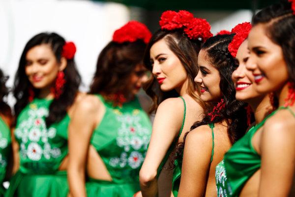 Autodromo Hermanos Rodriguez, Mexico City, Mexico. Sunday 29 October 2017. Promotional girls in the paddock. World Copyright: Sam Bloxham/LAT Images  ref: Digital Image _J6I9669