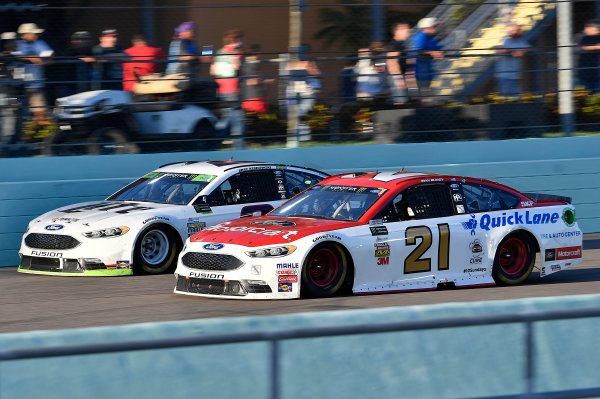 Monster Energy NASCAR Cup Series Ford EcoBoost 400 Homestead-Miami Speedway, Homestead, FL USA Sunday 19 November 2017 Brad Keselowski, Team Penske, Miller Lite Ford Fusion and Ryan Blaney, Wood Brothers Racing, Motorcraft/Quick Lane Tire & Auto Center Ford Fusion World Copyright: Rusty Jarrett LAT Images