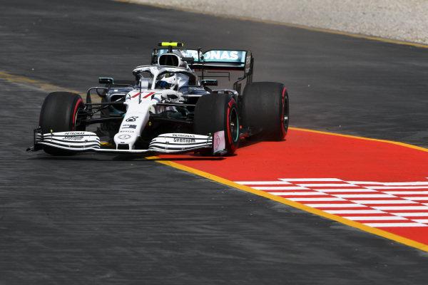 Valtteri Bottas, Mercedes AMG W10 runs wide