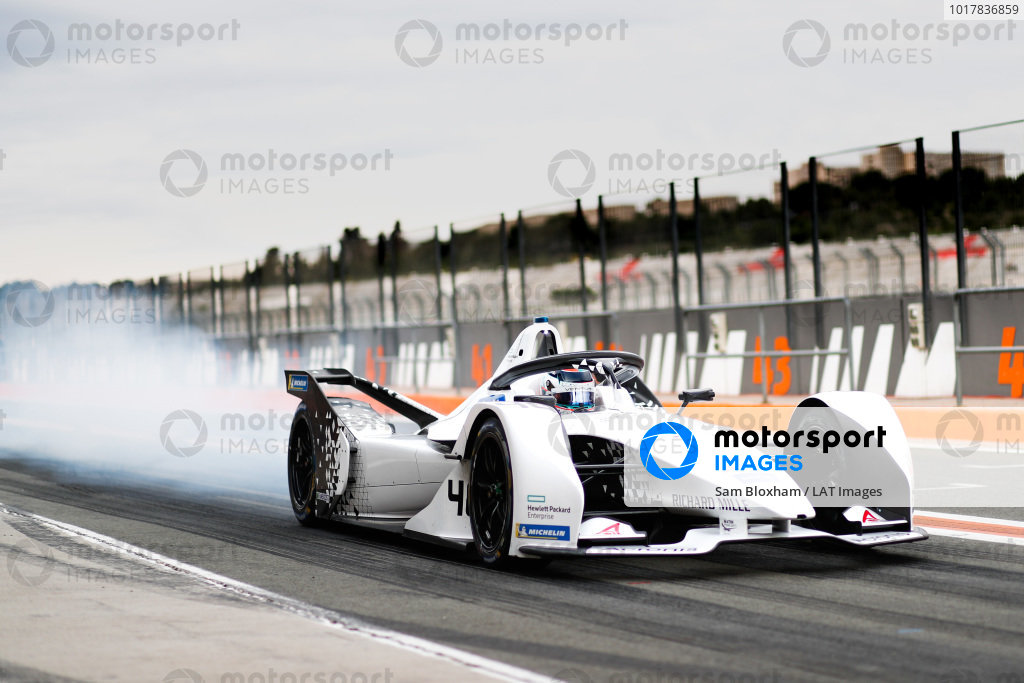 Neel Jani (CHE), Tag Heuer Porsche, Porsche 99x Electric, burn out in the pit lane