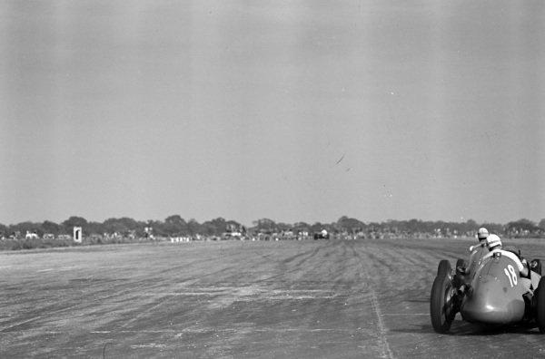 Luigi Villoresi, Maserati 4CLT/48, follows Alberto Ascari, Maserati 4CLT/48.