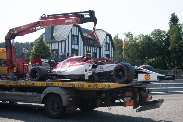 The car of Antonio Giovinazzi, Alfa Romeo Racing C38, is returned to the pits on a truck
