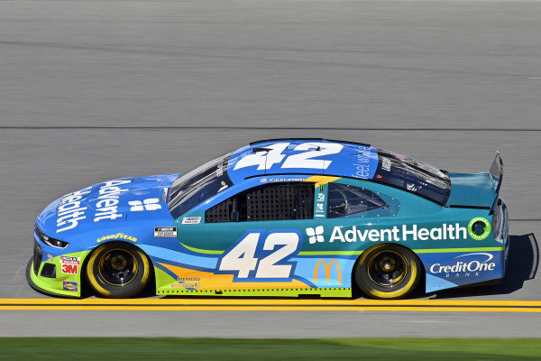 #42: Kyle Larson, Chip Ganassi Racing, Chevrolet Camaro AdventHealth