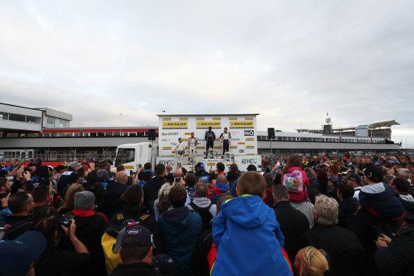 Ricky Collard (GBR) WSR BMW, Colin Turkington (GBR) WSR BMW and Aiden Moffat (GBR) Laser Tools Racing Mercedes A-Class