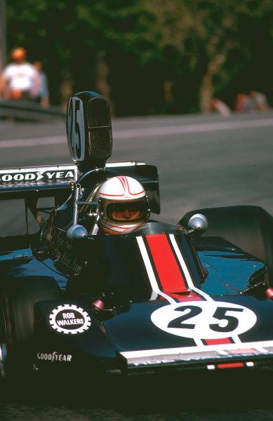 1975 Spanish Grand Prix.Monjuich Park, Barcelona, Spain. 25-27 April 1975.Alan Jones (Hesketh 308 Ford). He failed to finish on his Grand Prix debut. Ref-75 ESP 09.World Copyright - LAT Photographic