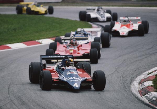 Derek Daly, Tyrrell 010 Ford, leads Gilles Villeneuve, Ferrari 312T5.
