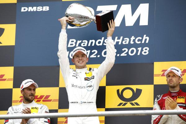 Podium: Race winner Gary Paffett, Mercedes-AMG Team HWA.