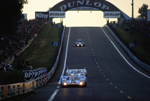 Richard Attwood / Herbert Mueller, J. W. Automotive Engineering, Porsche 917 K, leads Helmut Marko / Gijs van Lennep, Martini International Racing Team, Porsche 917 K.