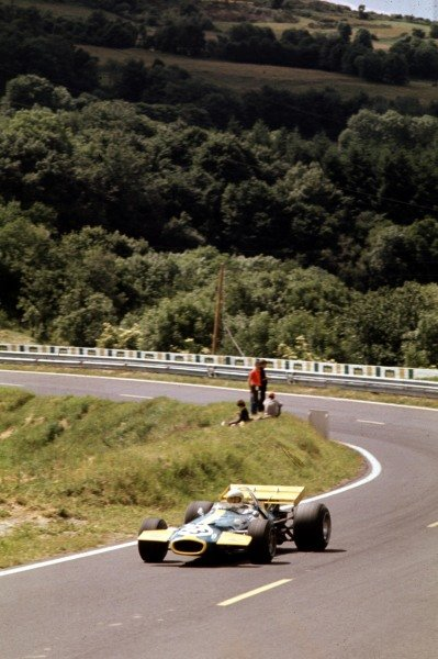 1970 French Grand Prix.Clermont-Ferrand, France.3-5 July 1970.Jack Brabham (Brabham BT33 Ford) 3rd position.Ref-70 FRA 28.World Copyright - LAT Photographic