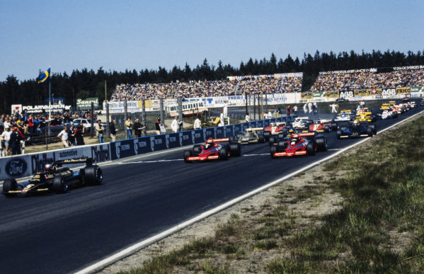 Pole sitter Mario Andretti, Lotus 79 Ford leads at the start with Niki Lauda, Brabham BT46B Alfa Romeo and John Watson, Brabham BT46B Alfa Romeo battling each other behind.