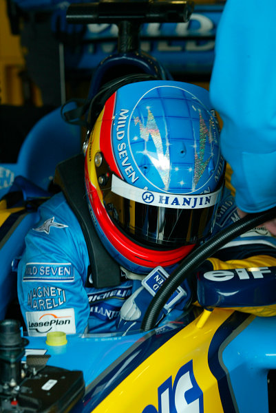 2003 San Marino Grand Prix - Saturday 2nd Qualifying,Imola, Italy.19th April 2003.Fernando Alonso, Renault R23, in car.World Copyright LAT Photographic.ref: Digital Image Only.