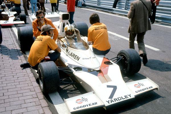 1973 Monaco Grand Prix.Monte Carlo, Monaco. 3 June 1973.Denny Hulme (McLaren M23-Ford).World Copyright: LAT Photographicref: 35mm Transparency Image