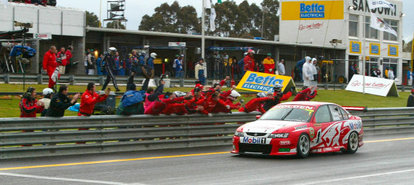 2003 Australian V8 Supercars, Round 9, Sandown, 14th September 2003. Holden drivers Mark Skaife and Todd Kelly winners of the Betta Electrical 500 held at Melbournes Sandown International Raceway today. Photo: Mark Horsburgh/LAT Photographic
