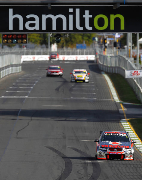 Round 4 - Hamilton 400.Hamilton City Street Circuit, Hamilton, New Zealand.17th - 18th April 2010.Car 1, Commodore VE, Holden, Jamie Whincup, T8, TeamVodafone, Triple Eight Race Engineering, Triple Eight Racing.World Copyright: Mark Horsburgh / LAT Photographicref: 1-Whincup-EV04-10-1852