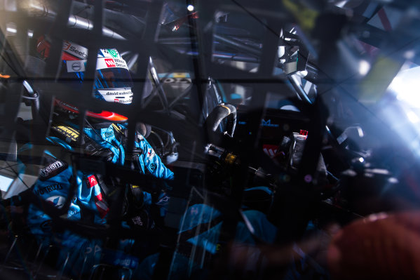 2015 V8 Supercars Round 12. Auckland 500, Pukekohe Park Raceway, Auckland, New Zealand. Friday 6th November - Sunday 8th November 2015.  World Copyright: Daniel Kalisz/LAT Photographic  Ref: Digital Image V8SCR12_AUCKLAND500_DKIMG0730.JPG