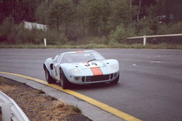1968 Spa-Francorchamps 1000 kms.Spa-Francorchamps, Belgium.26th May 1968.Paul Hawkins/David Hobbs (Ford GT40), 4th position, action.Ref-68 SPA 01World - LAT Photographic.