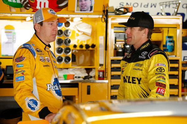 13-15 May, 2016, Dover, Delaware USA Kyle Busch, Pedigree Toyota Camry Carl Edwards, Stanley Toyota Camry ©2016, Matthew T. Thacker LAT Photo USA