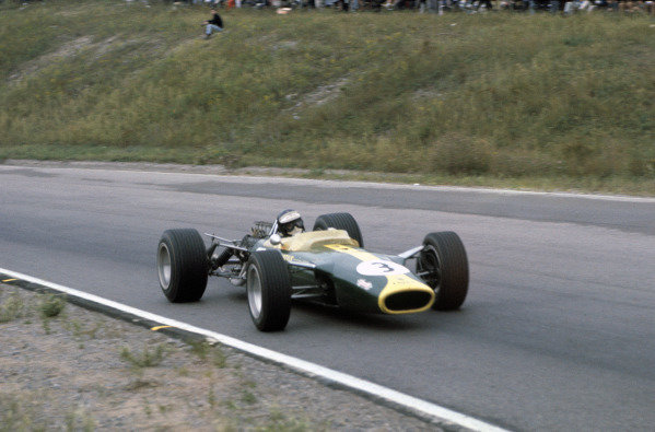 Mosport Park, Ontario, Canada. 25 - 27 August 1967.Jim Clark (Lotus 49-Ford), retired, action. World Copyright: LAT Photographic.Ref:  67CAN14