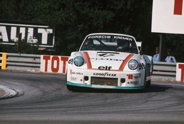 Le Mans, France. 12th - 13th June 1976.Juan-Carlos Bolanos/Hans Heyer/Eduardo Lopez Negrete (Porsche 935), retired, action. World Copyright: LAT Photographic.Ref: 76LM17.