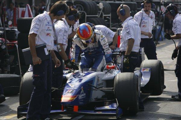 2006 GP2 Series Round 8. Hockenheim, Germany. 30th July 2006. Sunday race. Adrian Valles (ESP, Campos Racing) retires.World Copyright: Andrew Ferraro/GP2 Series Media Service. Ref: Digital Image Only.ZP9O8830 jpg