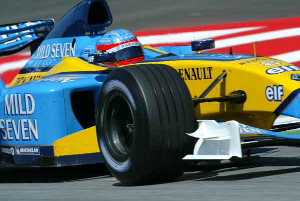 2003 Austrian Grand Prix, Saturday Qualifying,A1 Ring, Austria.17th May 2003.Fernando Alonso, Renault R23, action.World Copyright LAt Photographic.Digital Image Only.