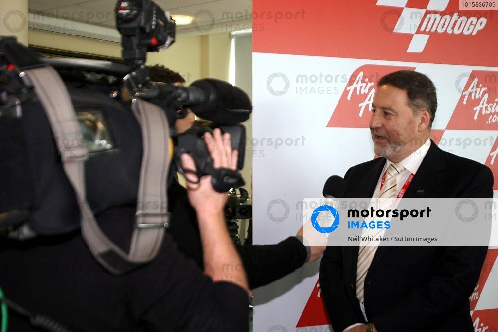 AirAsia Signs As Title Sponsor for 2010 MotoGP British GP
