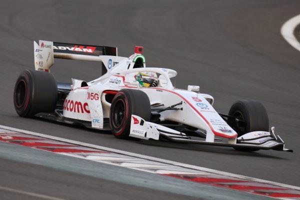 2020 Super Formula drivers' champion Naoki Yamamoto ( #5 DOCOMO TEAM DANDELION RACING, Dallara SF19 Honda ), 5th place