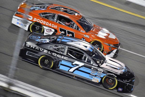 #7: Corey LaJoie, Spire Motorsports, Chevrolet Camaro Shavelogic and #23: Bubba Wallace, 23XI Racing, Toyota Camry Door Dash