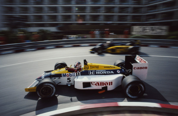 Nigel Mansell, Williams FW11 Honda, during practice.