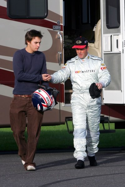 Nigel Mansell (GBR) with his son Greg Mansell (GBR).Grand Prix Masters Testing, Day One, Silverstone, England, 26 October 2005.DIGITAL IMAGE